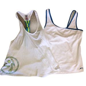 Lot of two tanks, med Zumba Razorback, Slazenger